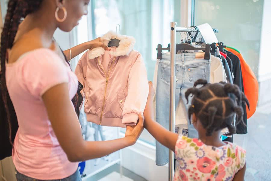 4 Ways to Save Money on Children's Clothes This Spring
